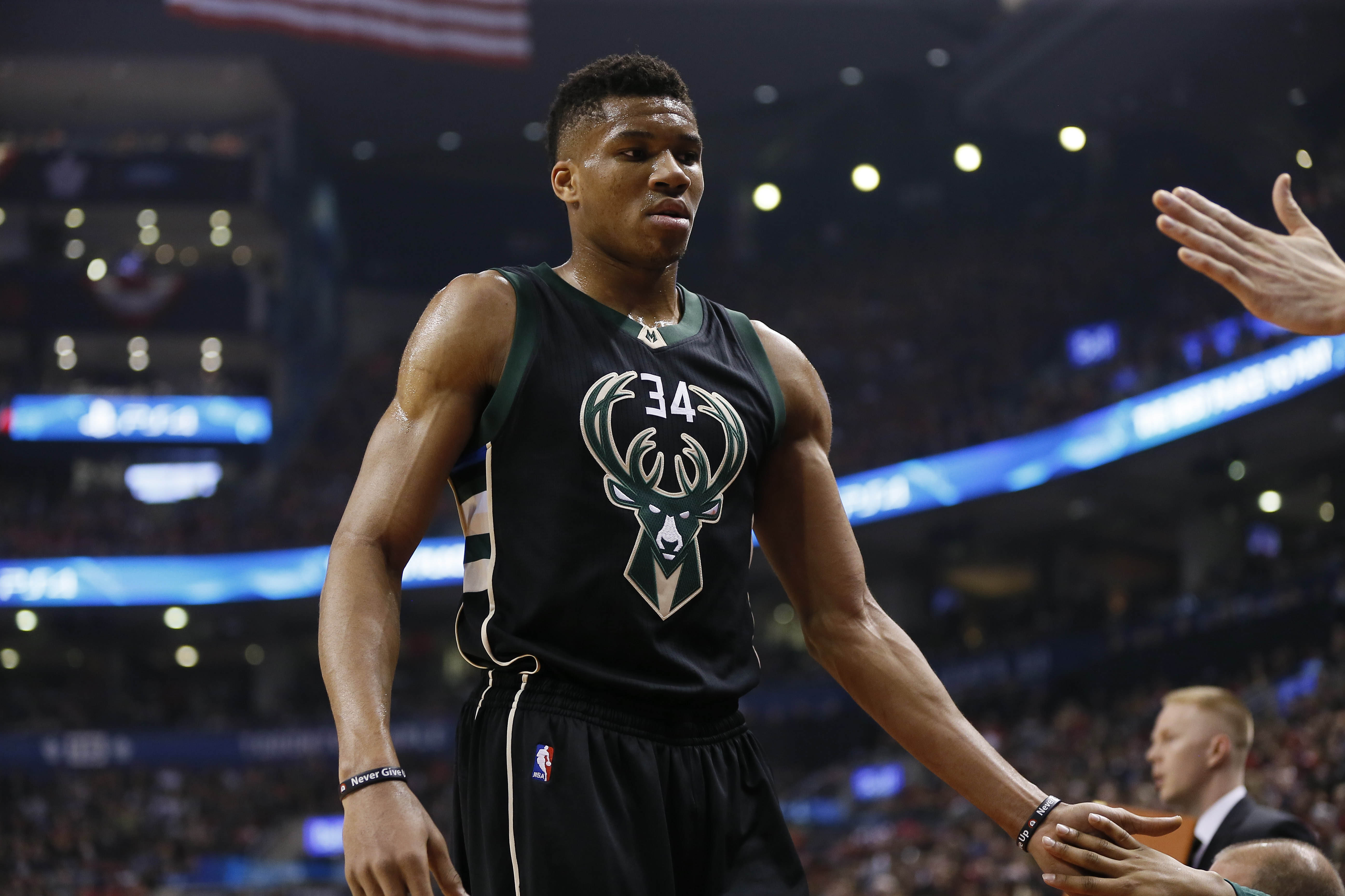 c181abc8242e Milwaukee Bucks  Best and Worst of the 2016-17 Season - Page 2