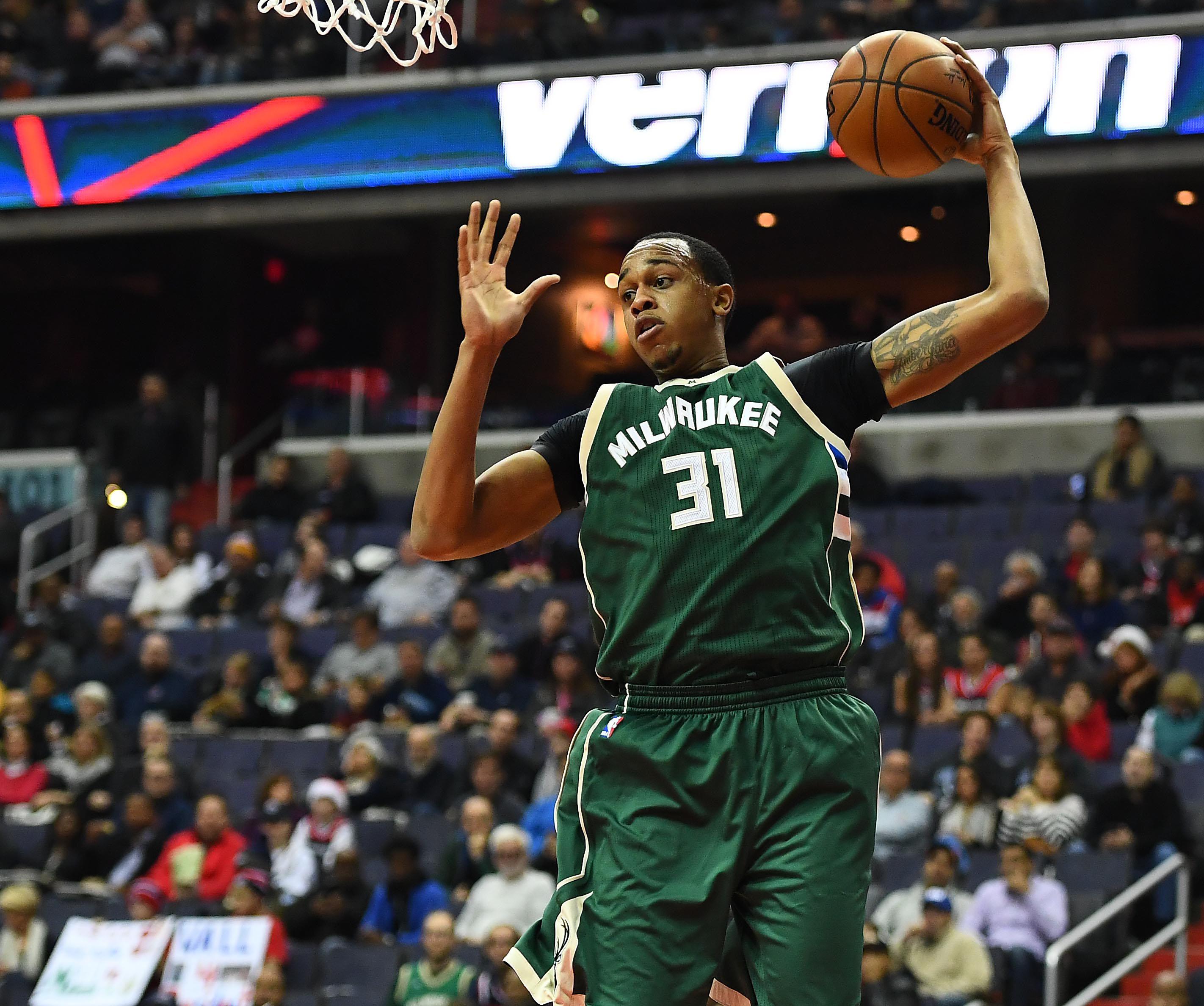 Milwaukee Bucks: Milwaukee Bucks: NBA Trade Deadline Day Rumor Roundup